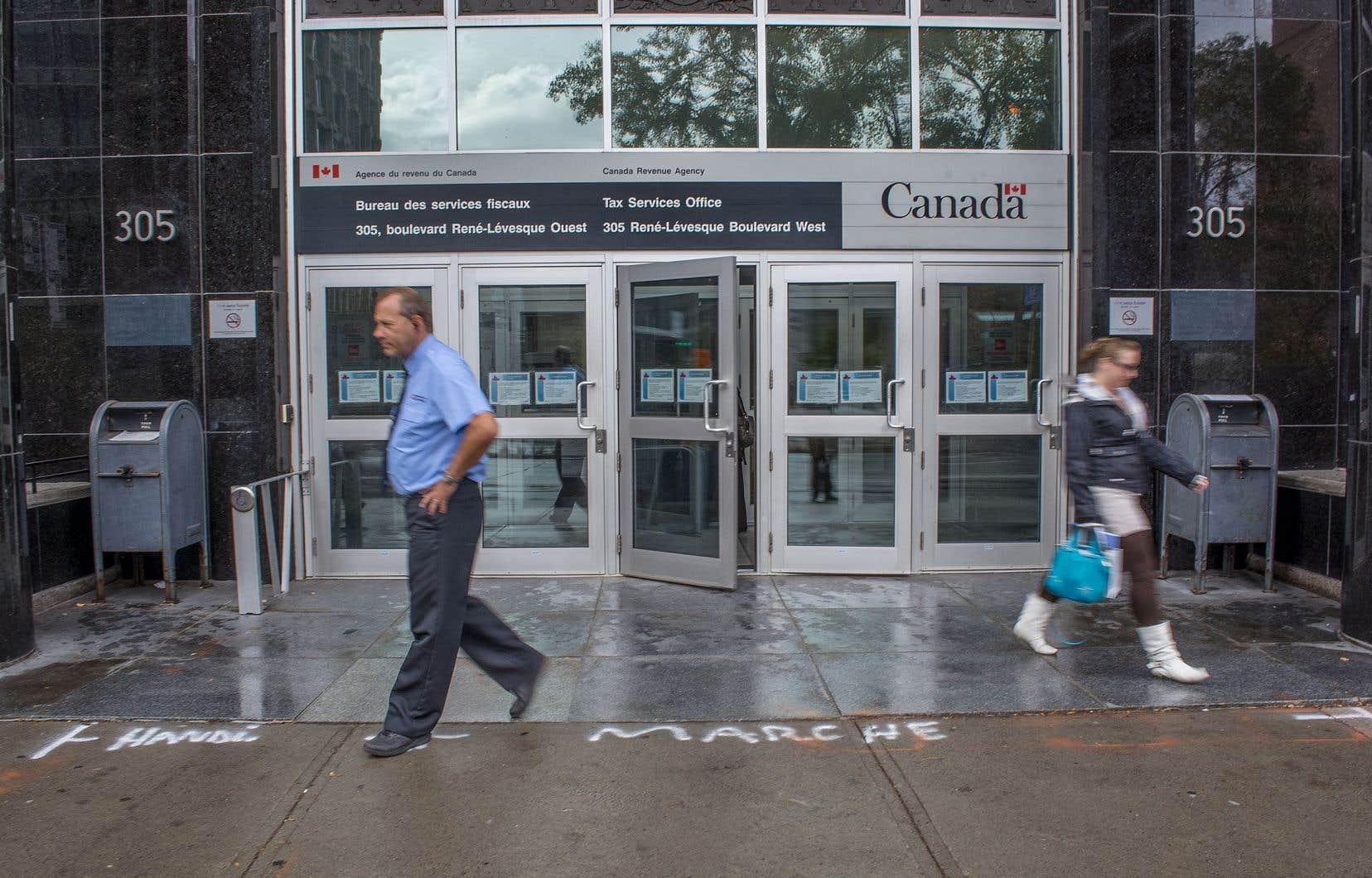 L'Agence du revenu fera enquête sur les révélations de cette fin de semaine, a affirmé le premier ministre Justin Trudeau. Des millions de dollars auraient échappé à l'impôt canadien.
