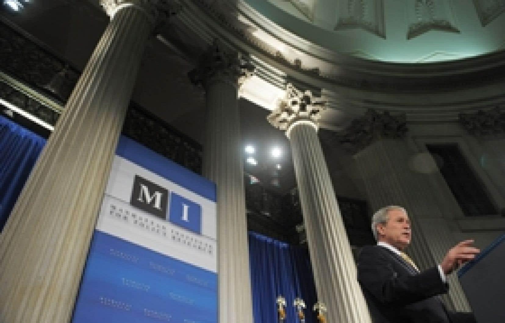 Le président Bush a profité de son discours à New York pour refuser que les États-Unis supportent toute la responsabilité de la crise, relevant que de nombreux pays européens, avec des réglementations plus étendues, avaient eu les mêmes problèm