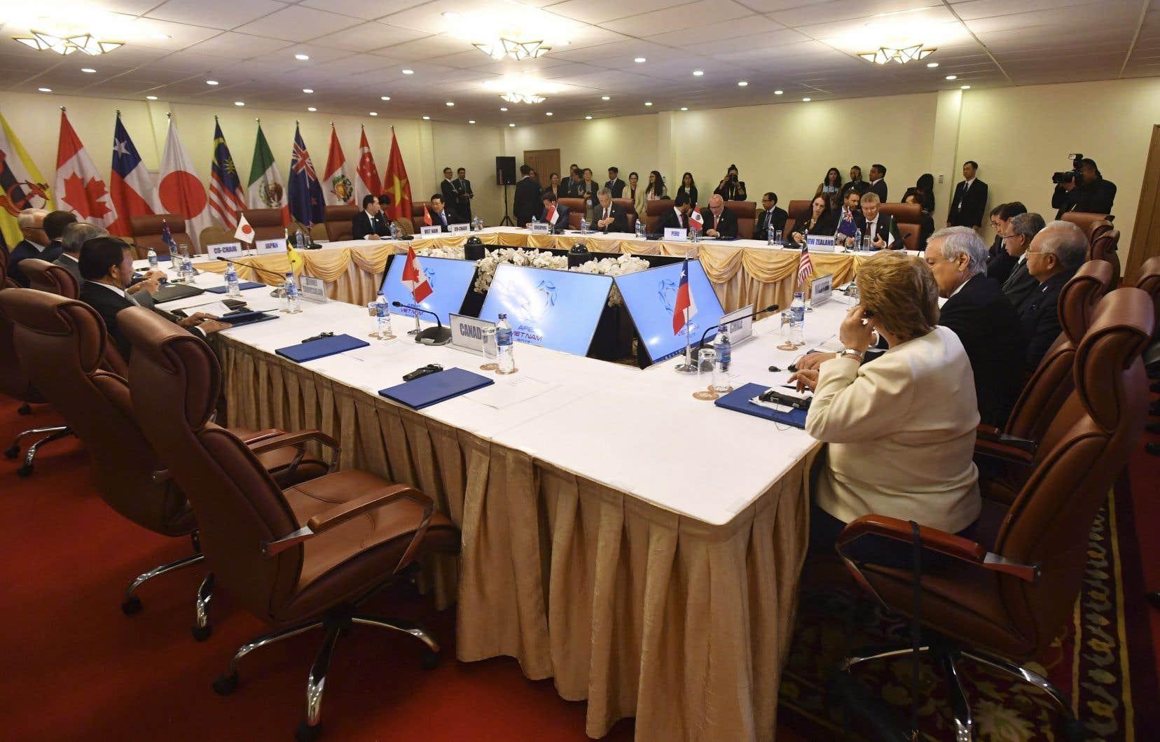Un compromis avait été retardé, vendredi, par des désaccords de dernière minute qui avaient empêché les dirigeants du PTP de s'entendre sur un plan.
