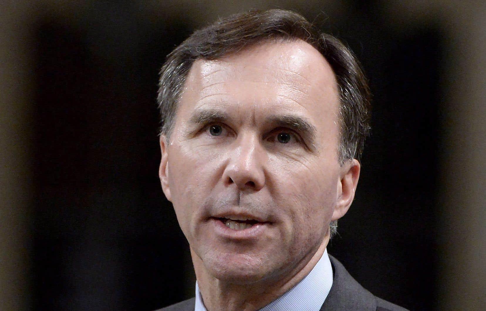 Le ministre Bill Morneau a conservé des actions de Morneau Shepell dans des sociétés privées après son entrée au conseil des ministres.