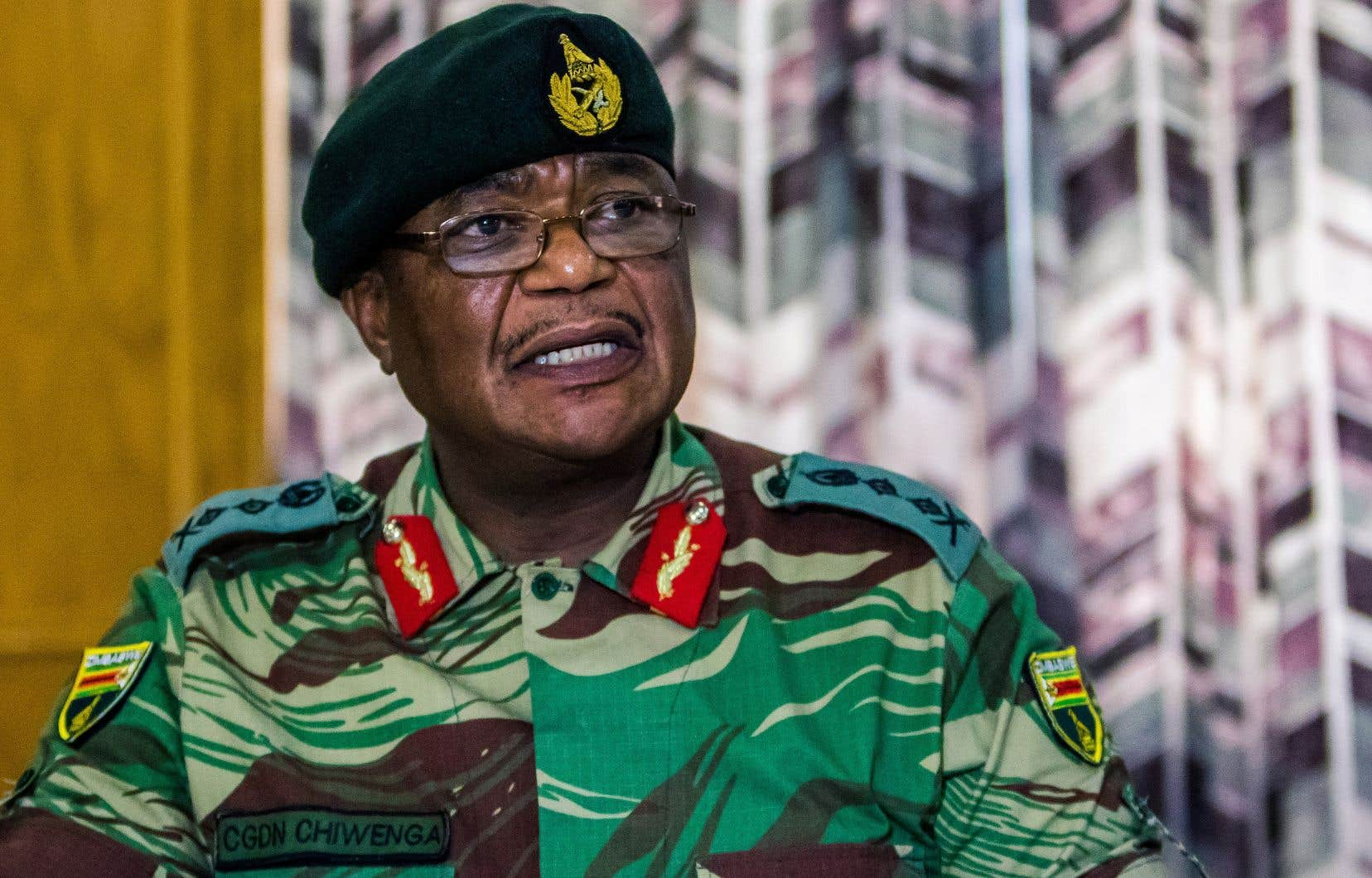 Ces événements surviennent au lendemain d'une mise en garde sans précédent du chef de l'armée,Constantino Chiwenga, à l'encontre du président Robert Mugabe.