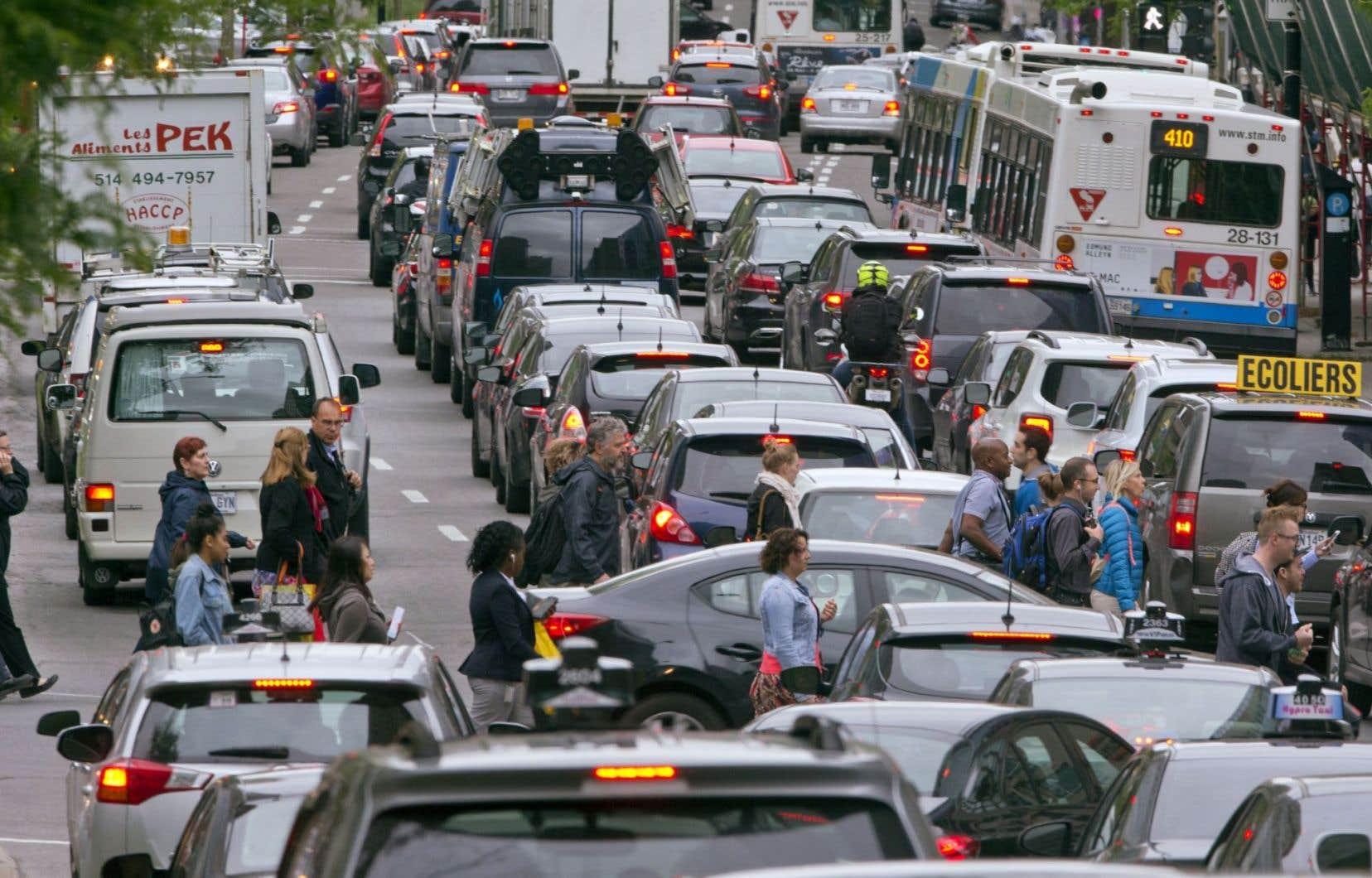 Les inspections routières, qui se feront de jour, causeront d'importants bouchons de circulation, a prévenu Québec.