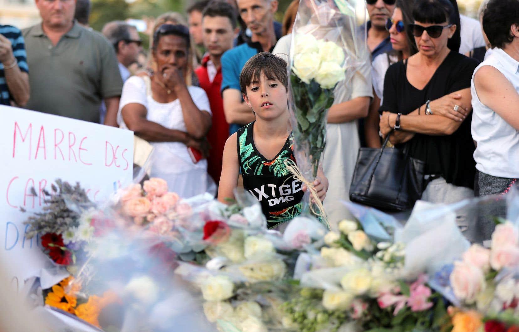 L'attentat au camion-bélier sur la promenade des Anglais le 14juillet 2016, à Nice, en France, avait fait 86 morts et 434 blessés.