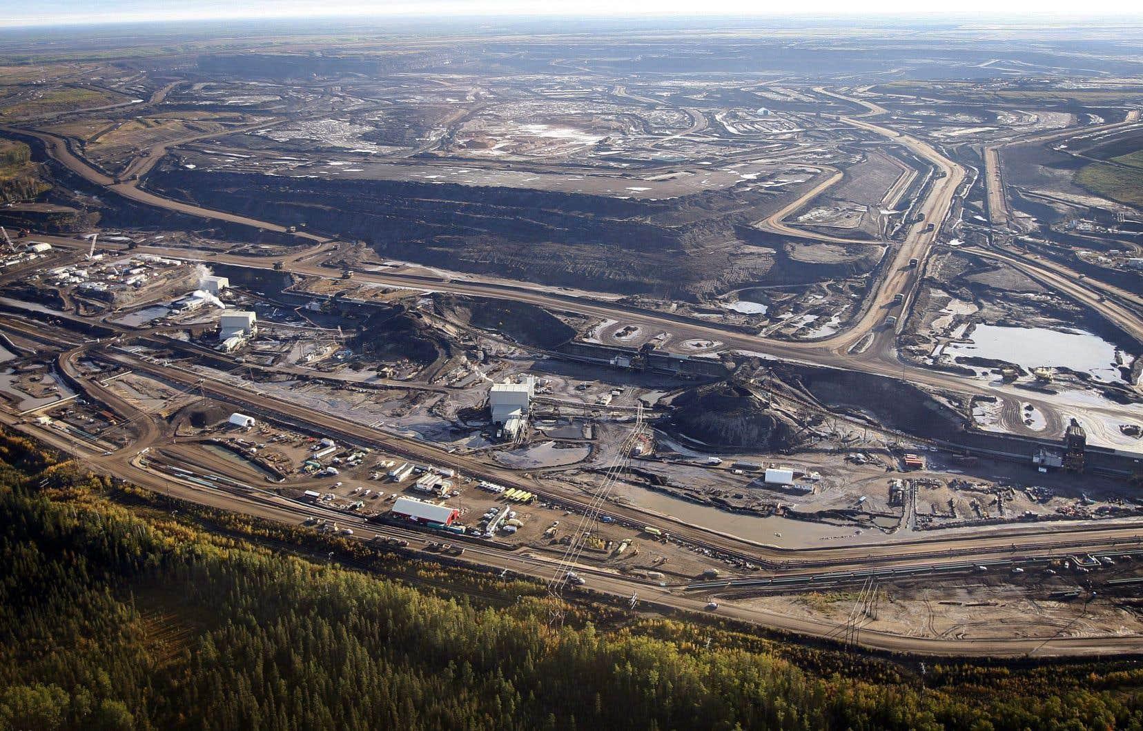 Avec Keystone XL, l'objectif de TransCanada est detransporter quotidiennement 830 000 barils de pétrole des sables bitumineux de l'Alberta jusqu'aux raffineries du Texas.