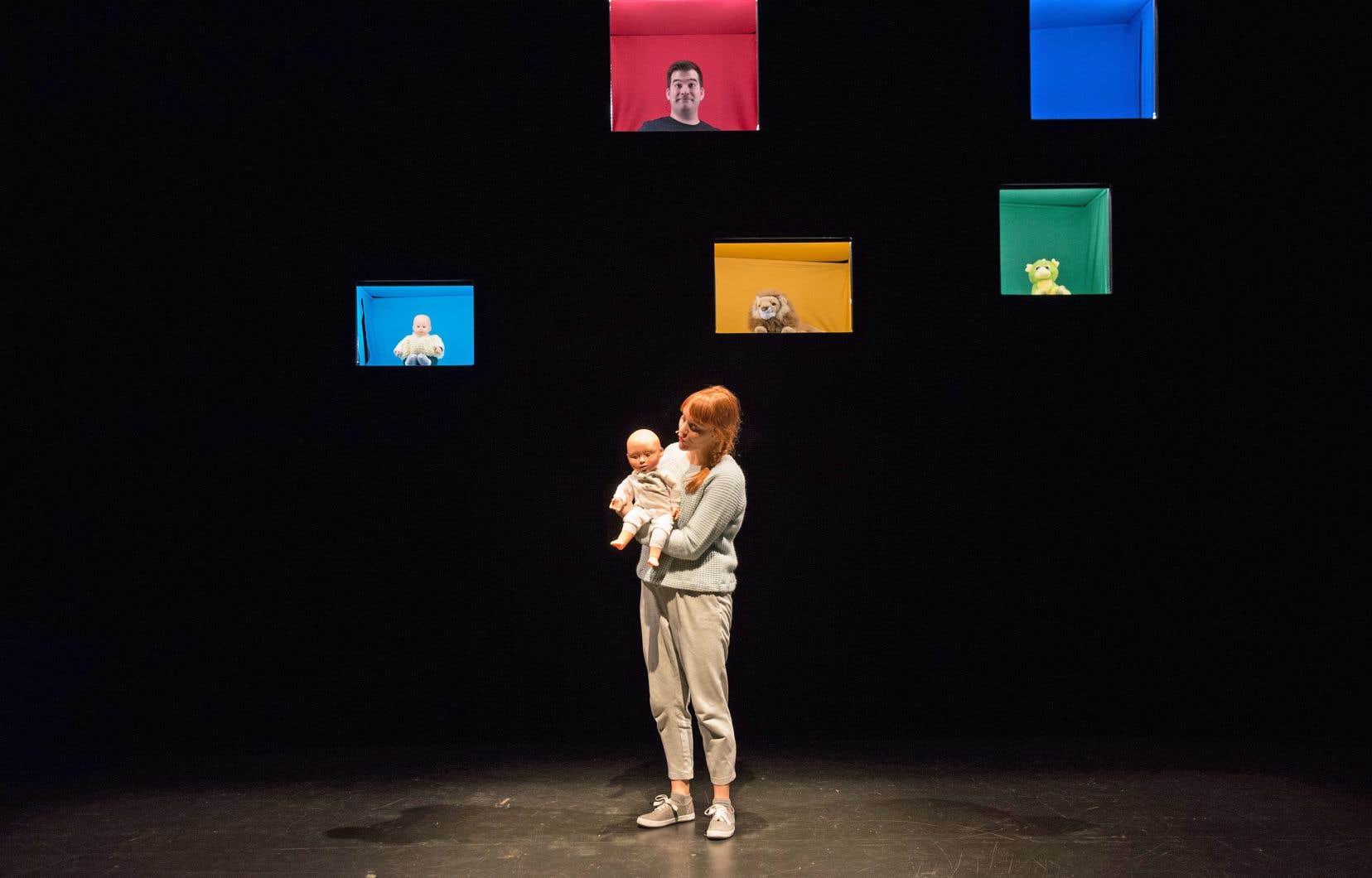 La mise en scène épurée, signée Jean-Philippe Joubert, participe finement à l'ode à la réflexion de la pièce.