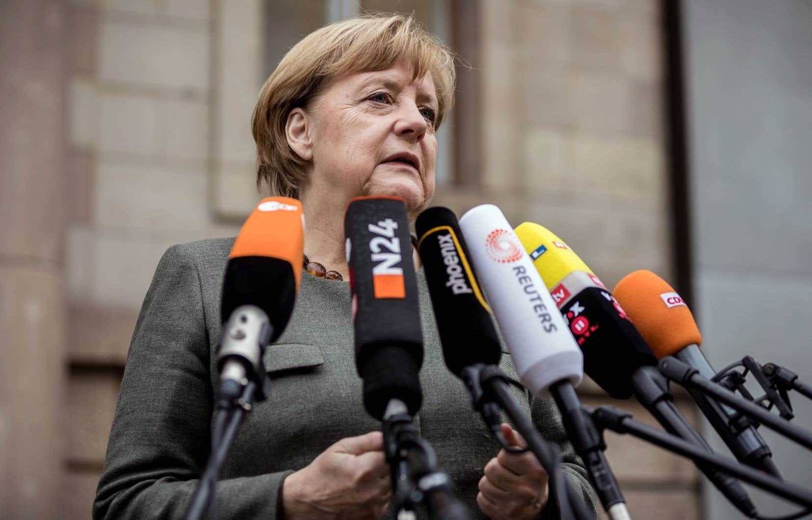 La chancelière allemande fait face depuis dimanche soir à sa plus grave crise politique en douze ans de pouvoir.