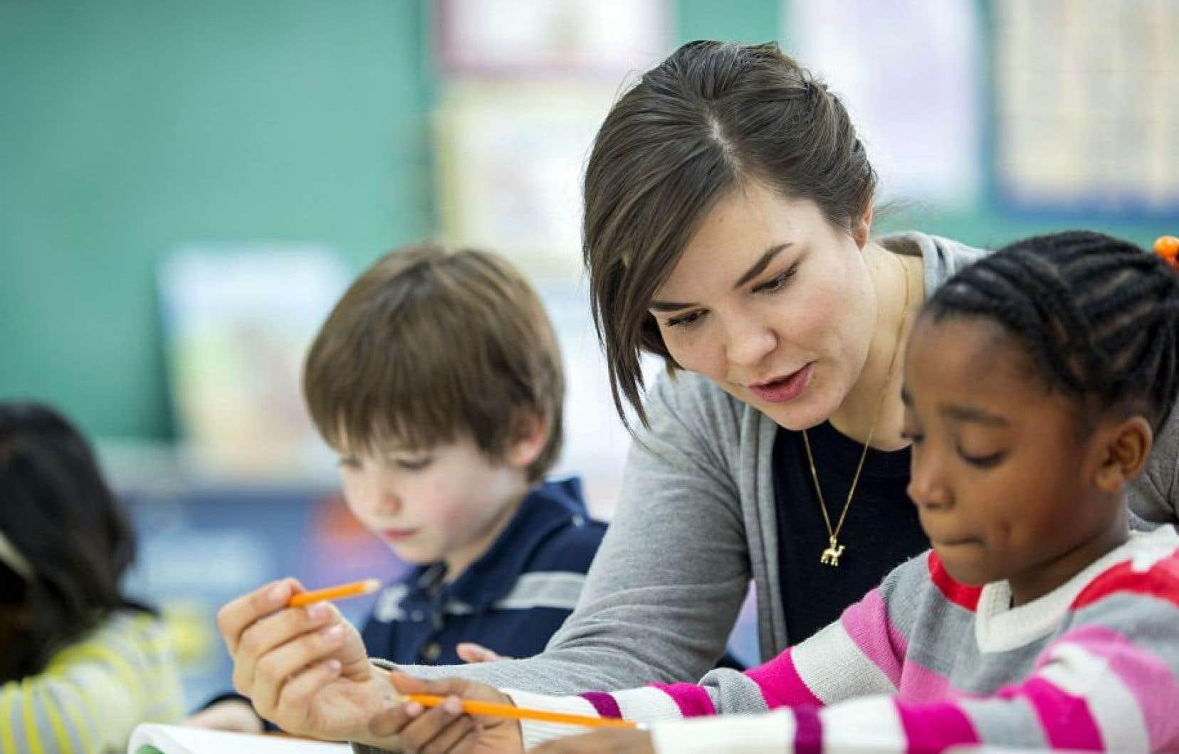 Les enseignants estiment ne pas avoir reçu assez de formation dans la discipline qu'ils enseigneront, en l'occurrence l'histoire du Canada et du Québec.