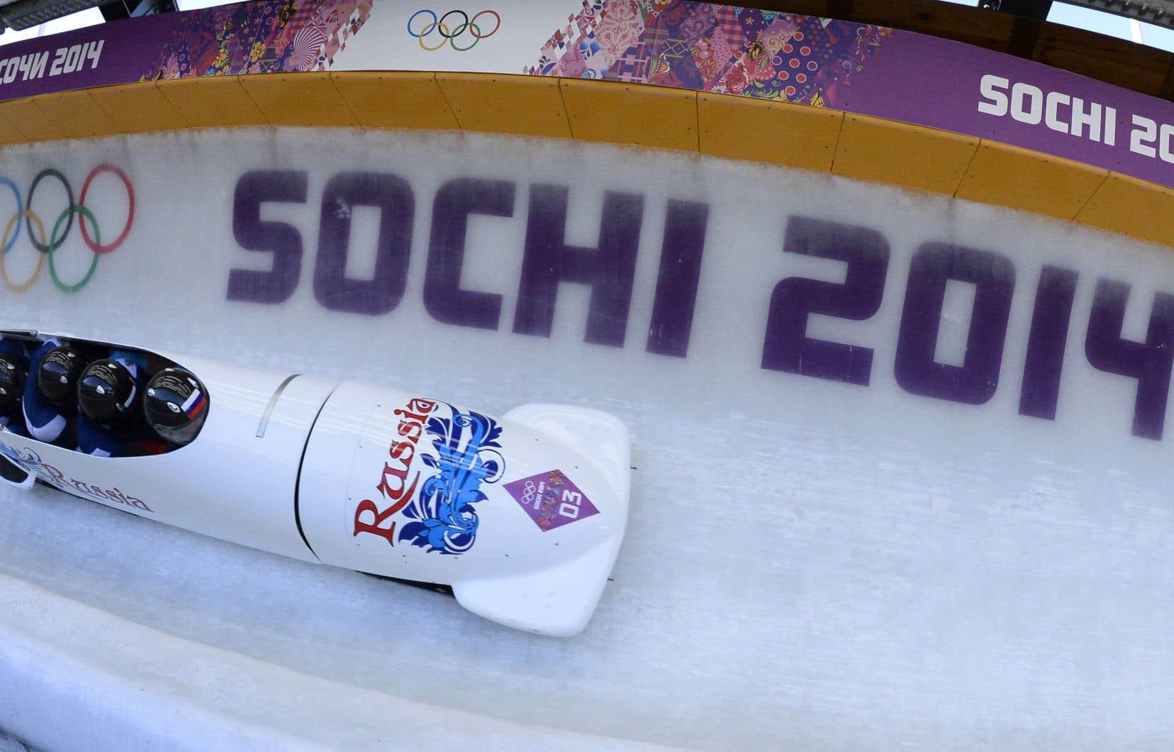 Deux champions olympiques de bobsleigh à quatre aux Jeux de Sotchi en 2014 sont ciblés.
