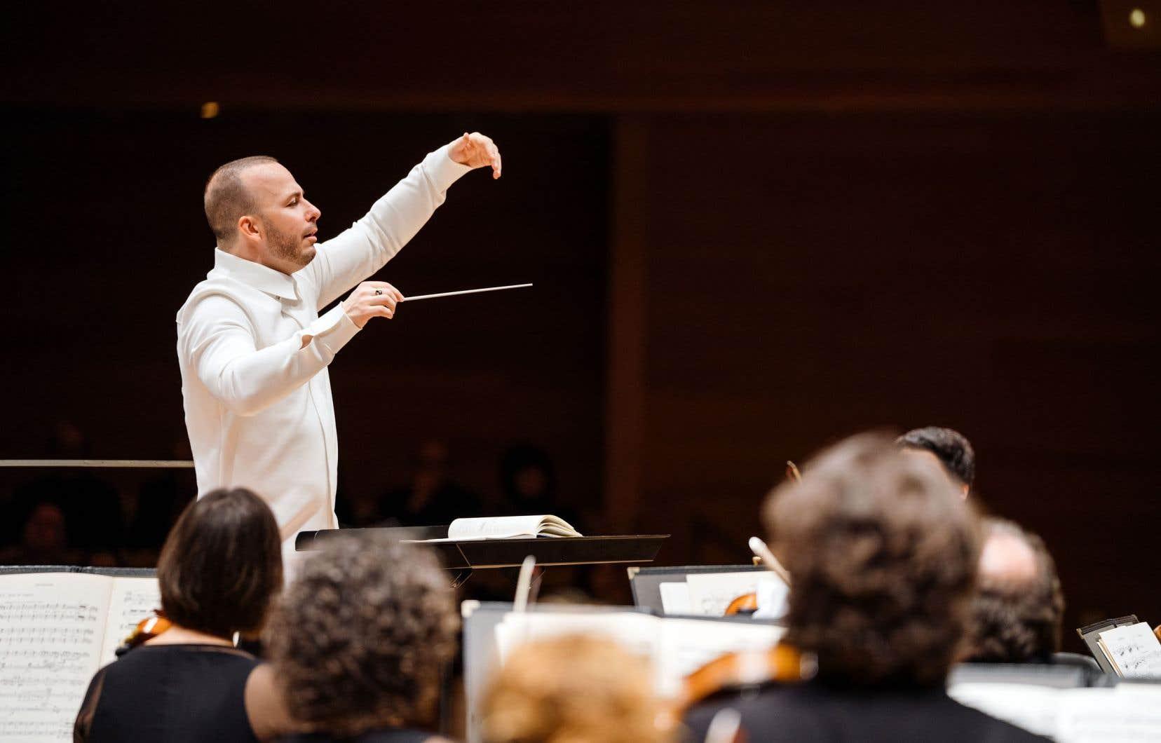 Le chef d'orchestre Yannick Nézet-Séguinest en tournée européenne avec l'Orchestre Métropolitain depuis le 23novembre.
