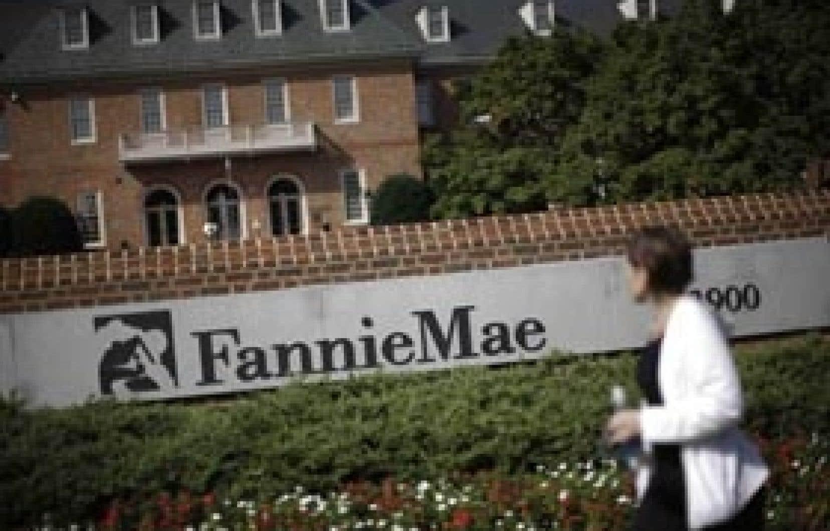 Au cours du trimestre terminé fin septembre, Fannie Mae,  un des deux piliers du refinancement hypothécaire américain, a accusé une perte nette de 28,9 milliards $US.