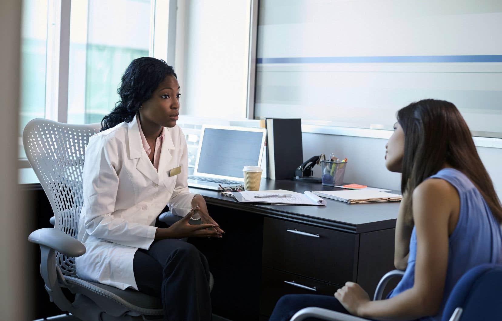 En se racontant, la personne malade donne du sens à ce qui lui arrive. Un sens que le médecin doit être capable d'interpréter, vis-à-vis duquel il doit pouvoir ressentir de l'émotion.