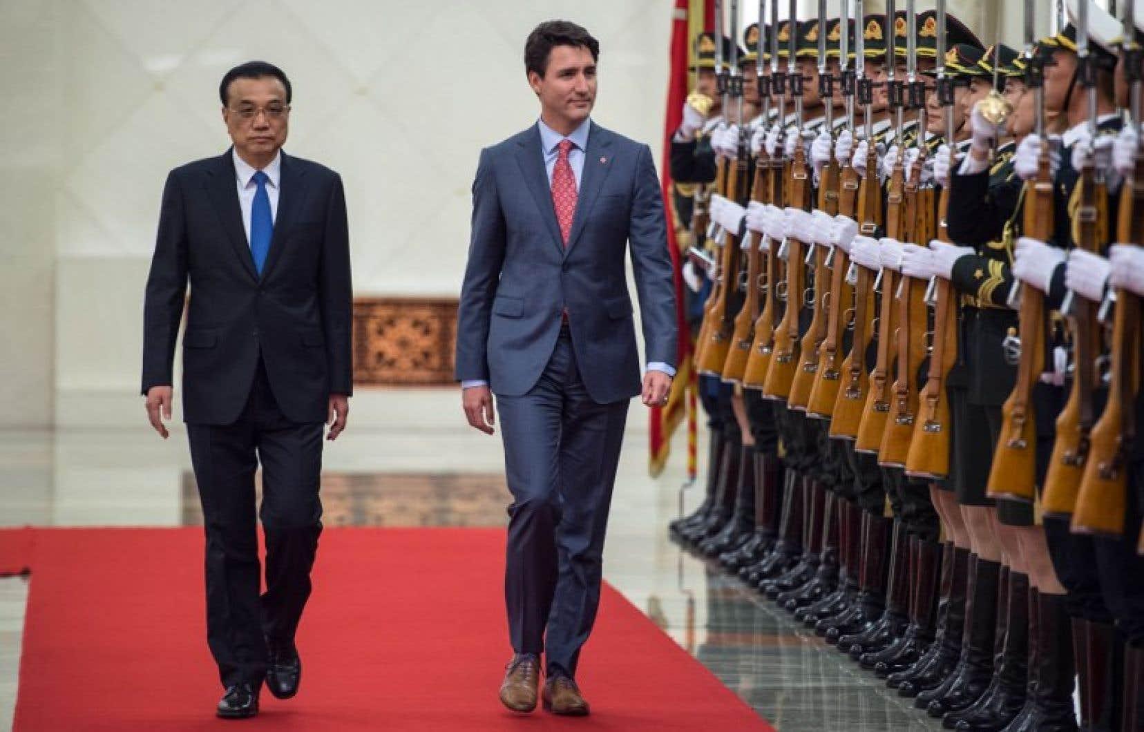 Le premier ministre Justin Trudeau et son homologue chinois Li Keqiang