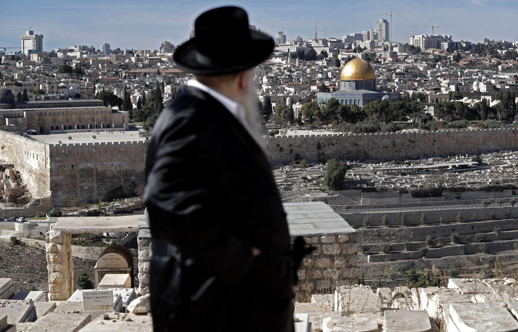 La décision de Donald Trump sur l'ambassade américaine en Israël est de nouveau reportée.