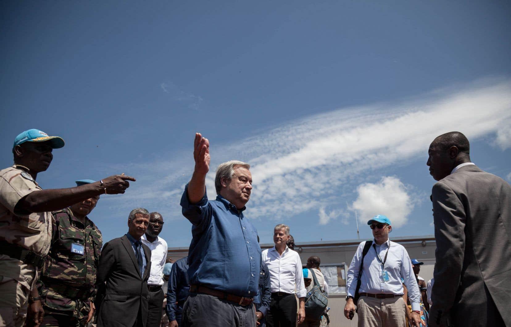 Le secrétaire général de l'ONU, Antonio Guterres, lors d'une visite à Bangassou, en République centrafricaine, en octobre dernier