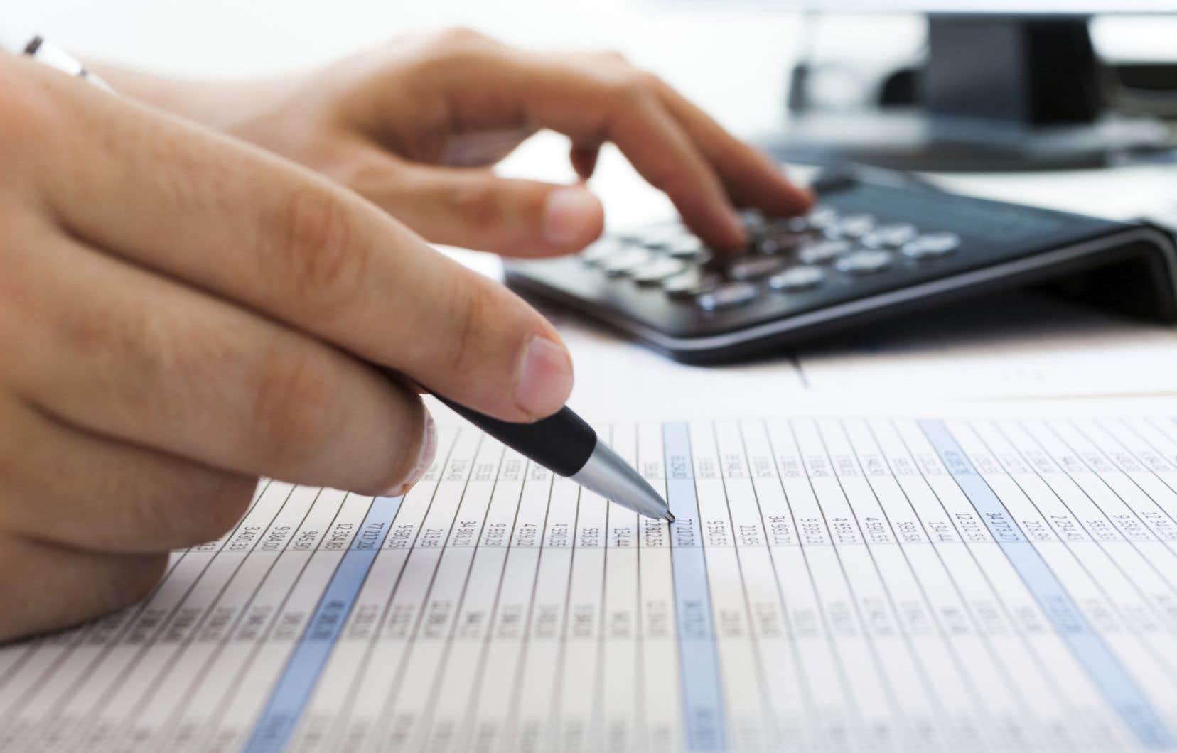 La moitié des répondants ont échoué aux questions sur les connaissances générales en investissement.