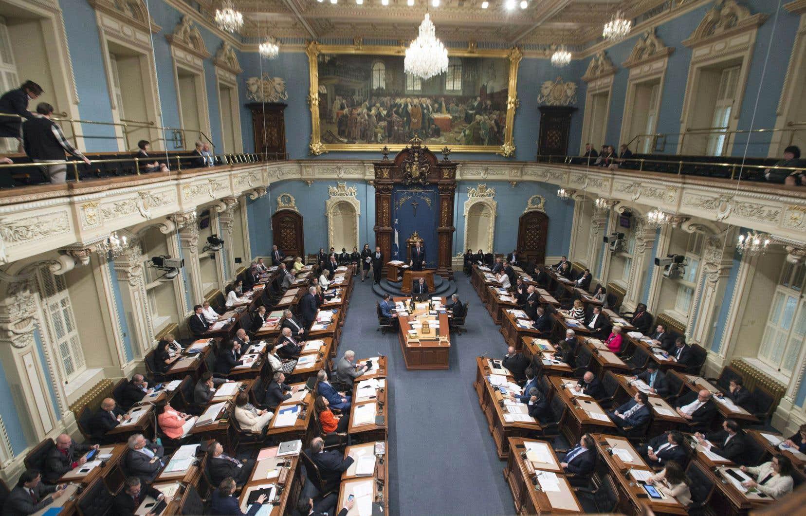 Parmi les 24 participantes au sondage de La Presse canadienne, on compte 18 députées de toutes les formations politiques et six ministres du gouvernement Couillard.