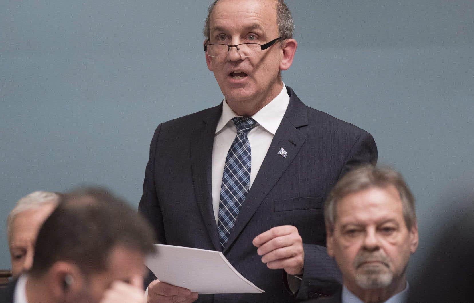 Le député indépendant Claude Surprenant