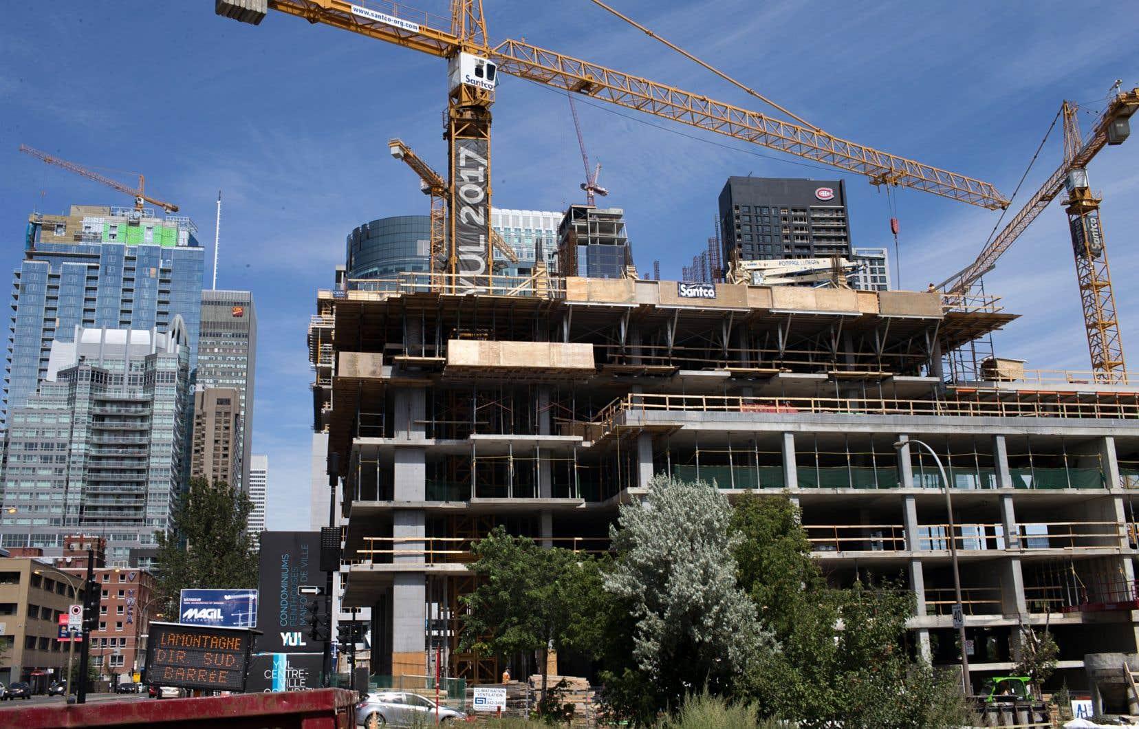L'apport consolidé des secteurs de la construction au Québec représente 22,4milliards de dollars en PIB et 267500 emplois directs.