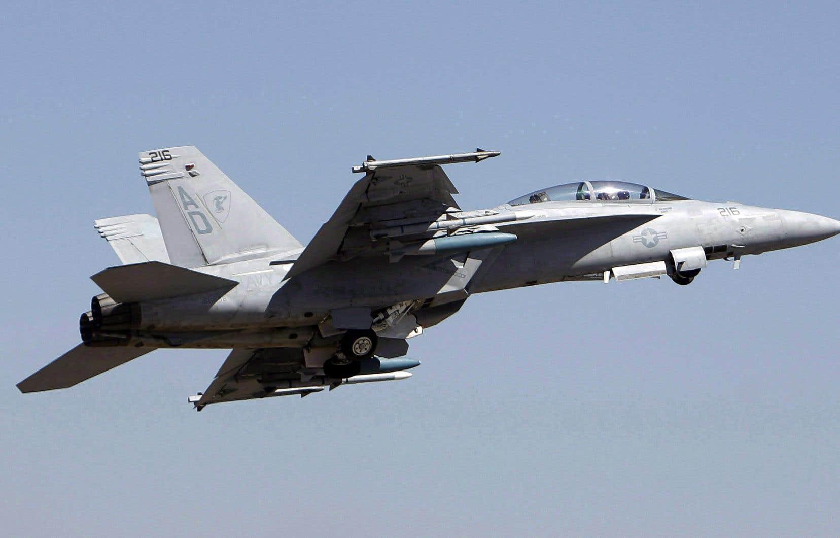 Un modèle d'avion Super Hornet de Boeing