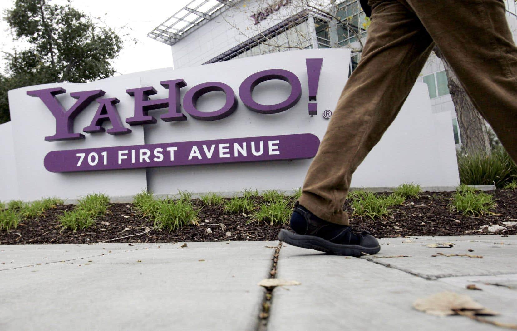 Verizon a racheté Yahoo! en juin pour 4,5milliards de dollars, et l'a versé avec AOL dans une nouvelle entité baptisée Oath.