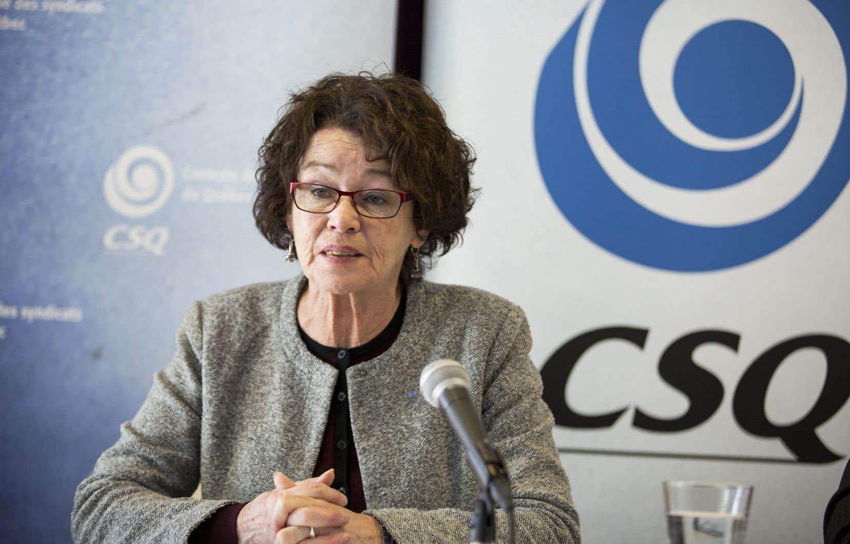La présidente de la Centrale des syndicats du Québec (CSQ), Louise Chabot