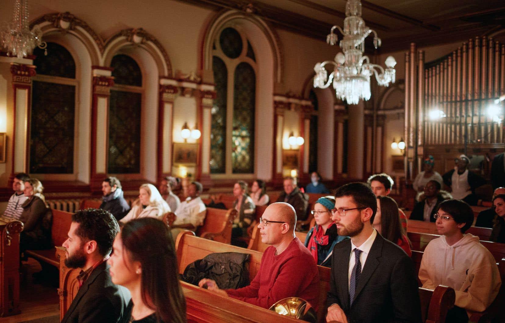 Ce n'est pas la première fois que l'église attire autant de millénariaux. S'ils restent minoritaires, plusieurs jeunes Québécois renouent avec la religion catholique.
