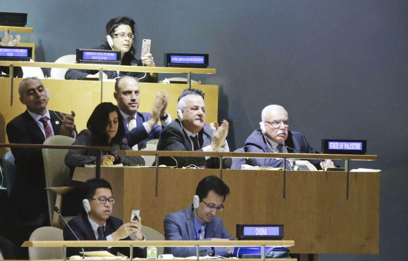 La délégation palestinienne à l'ONU se réjouit de la résolution, approuvée par une large majorité de pays, condamnant la décision américaine de reconnaître Jérusalem comme la capitale d'Israël.