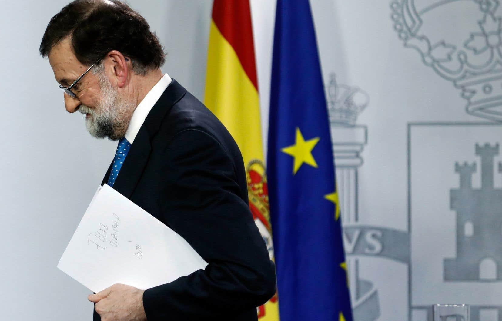 Mariano Rajoy devra prendre rapidement des décisions cruciales, en particulier en ce qui concerne le maintien ou la suspension de la mise sous tutelle de la Catalogne.