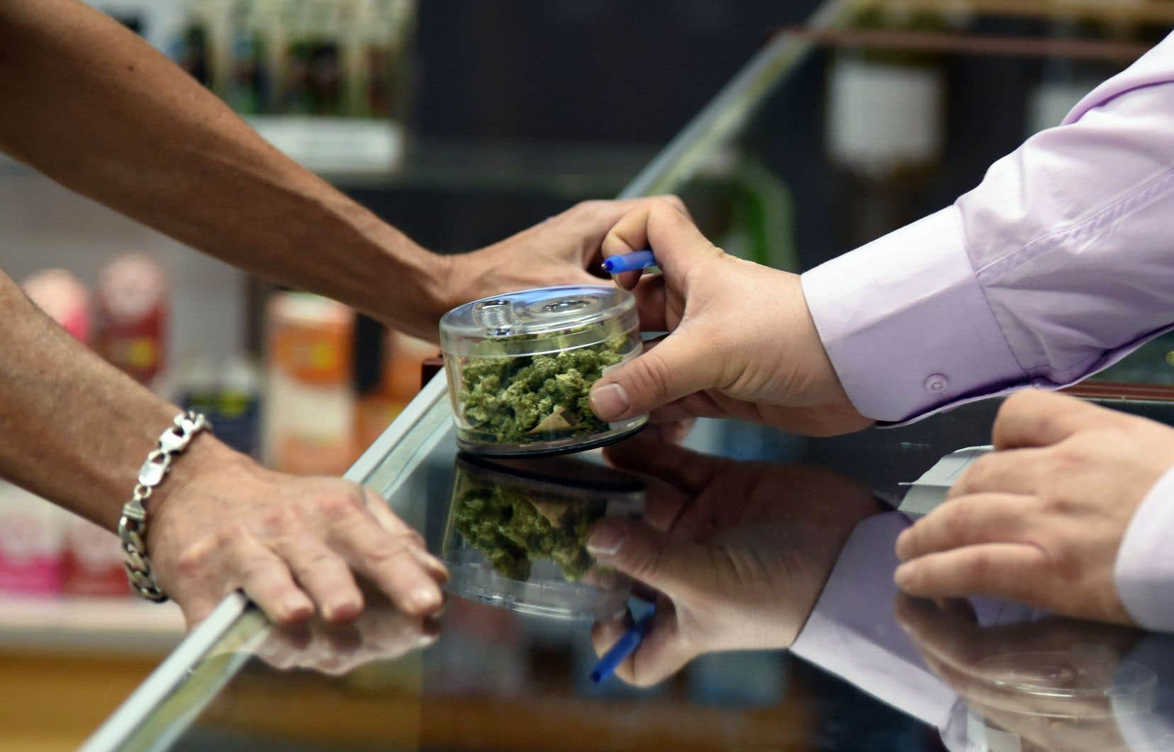 2018 marque la légalisation du cannabis au Canada.