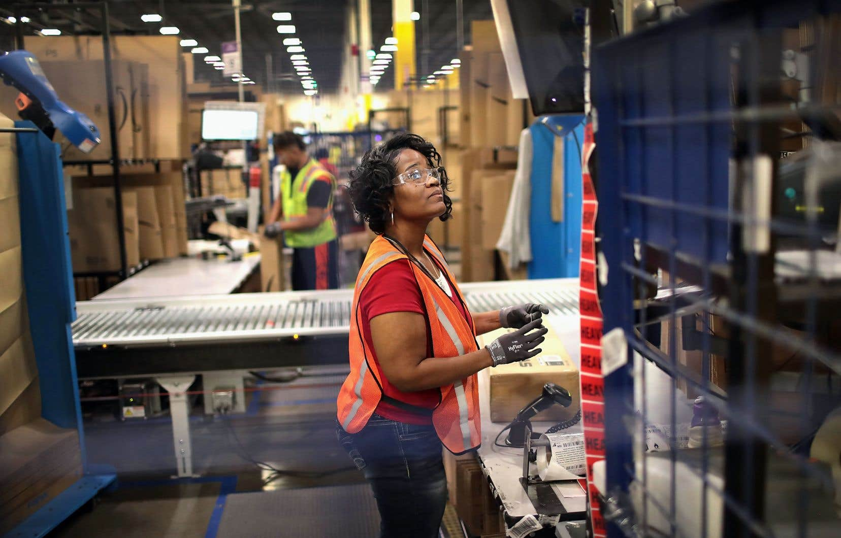 Des experts préviennent les gouvernements qu'une hausse trop marquée et trop rapide du salaire minimum pourrait se révéler contre-productive en minant la compétitivité des entreprises, entre autres.