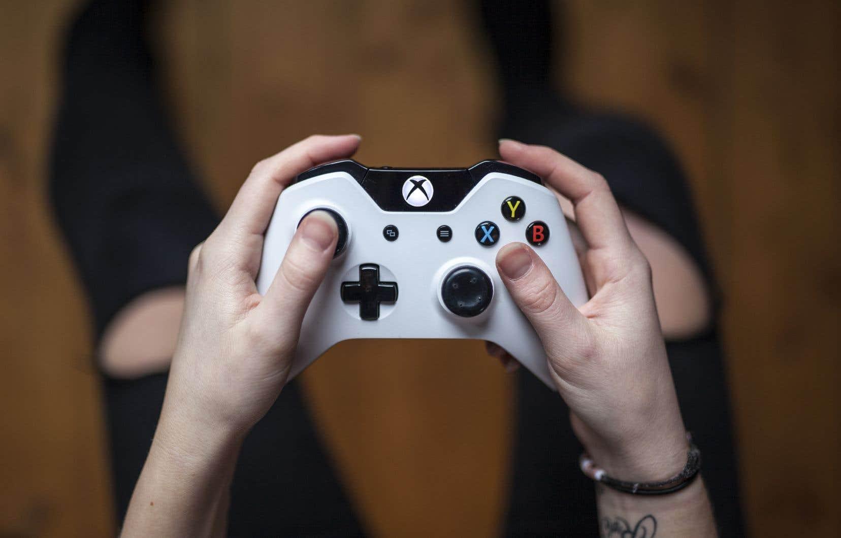 <p>Parmi les autres symptômes répertoriés figurent «la poursuite et l'augmentation de l'activité de jeu [vidéo]malgré l'apparition de conséquences négatives».</p>