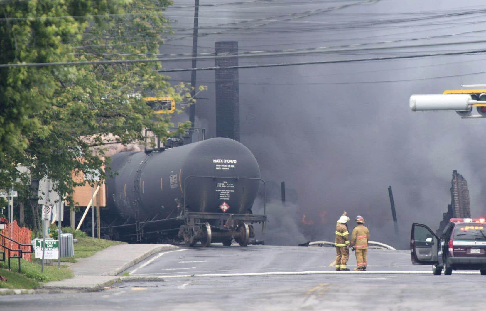 Le train a tragiquement dévalé une côte au milieu de la nuit, déraillant et enflammant une partie du centre-ville de Lac-Mégantic, tuant 47 personnes.