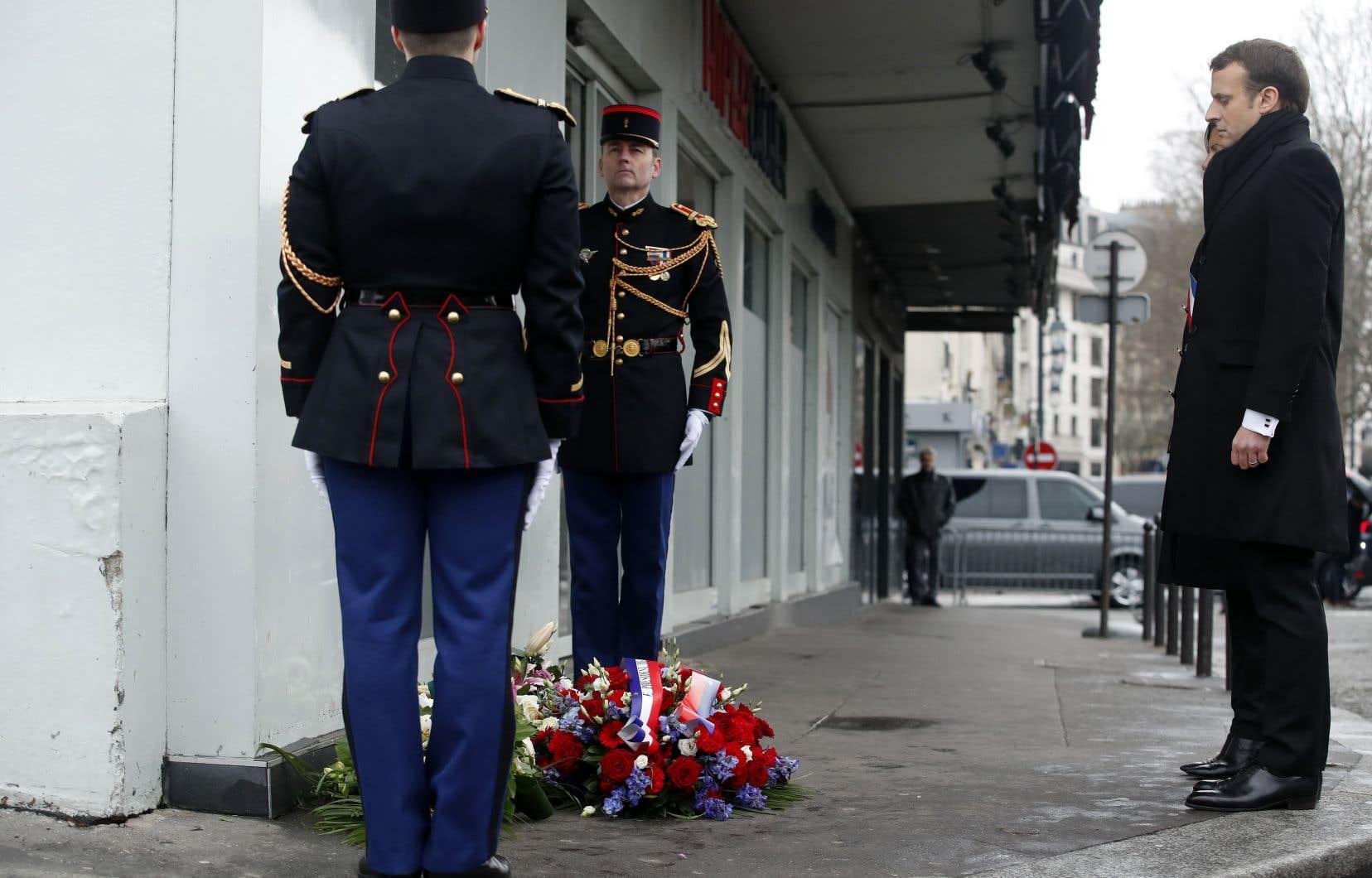 Le président français, Emmanuel Macron,s'est notamment rendu au supermarché casher en périphérie de Paris.