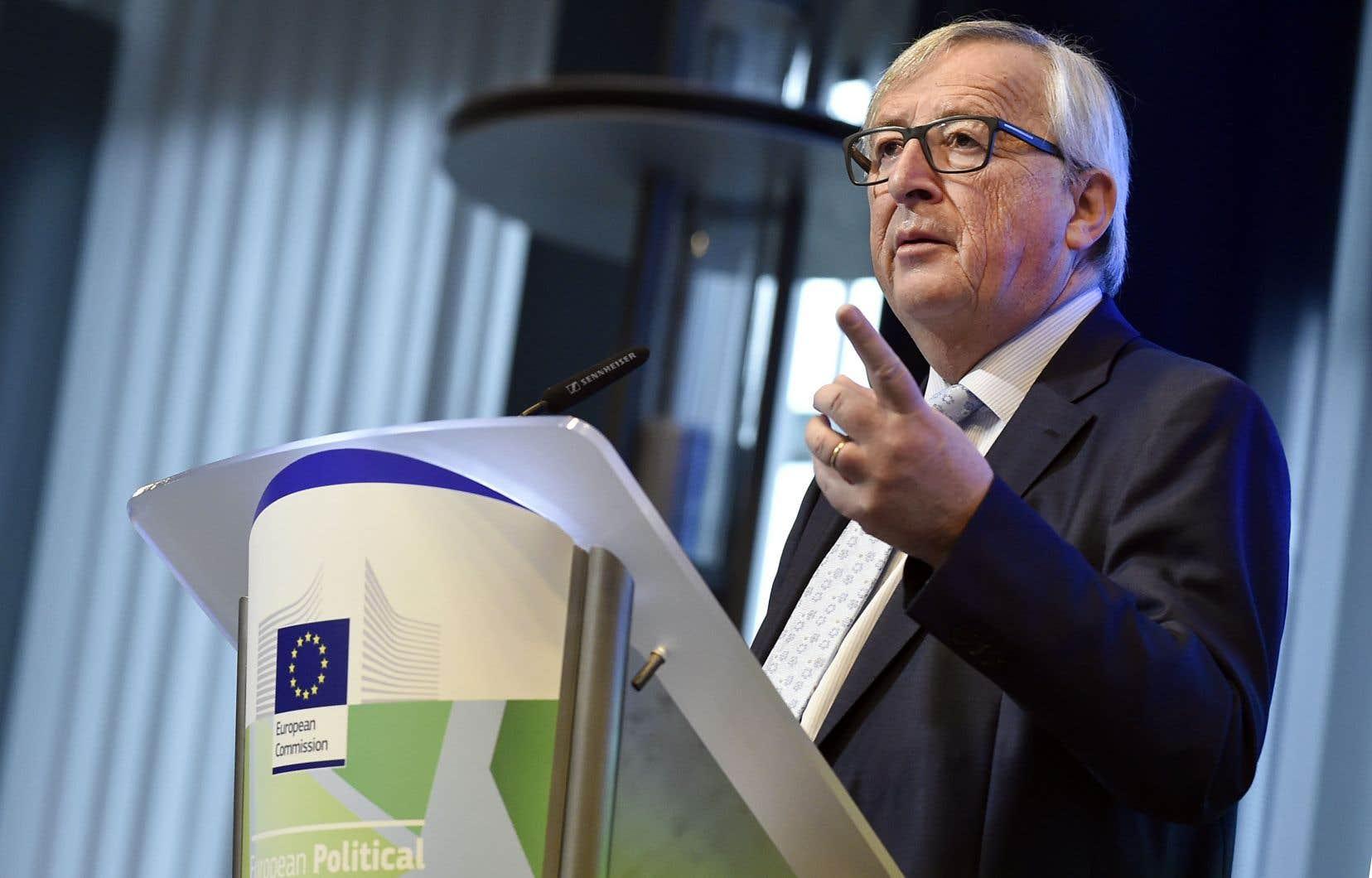 Le président de l'Union européenne, Jean-Claude Juncker, lors d'une conférence marquant le coup d'envoi d'un débat sur le prochain «cadre financier pluriannuel» de l'UE, lundi à Bruxelles. «Nous arrivons aux limites de nos possibilités», a-t-il prévenu.