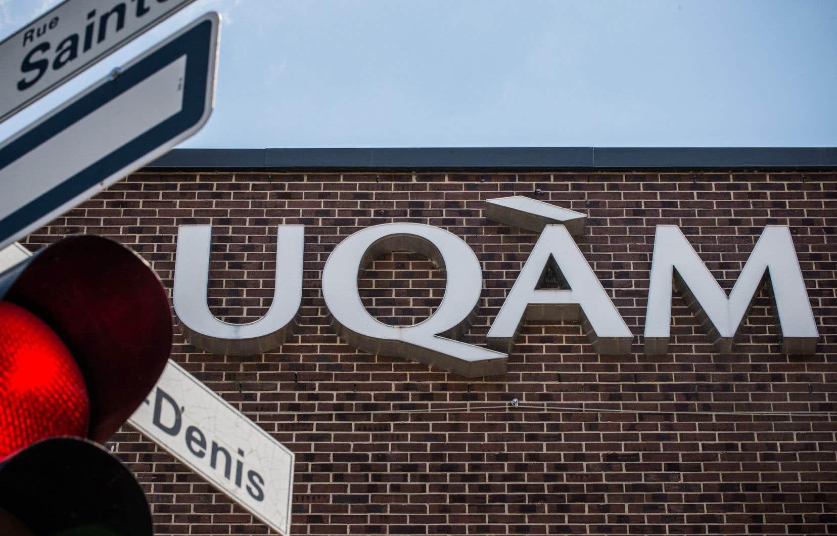 Les dix recteurs les moins payés au Québec sont ceux du réseau de l'Université du Québec.
