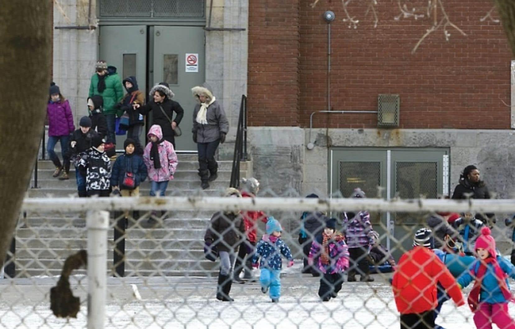 1282 écoles pourront bénéficier dela somme prévue par Québec.
