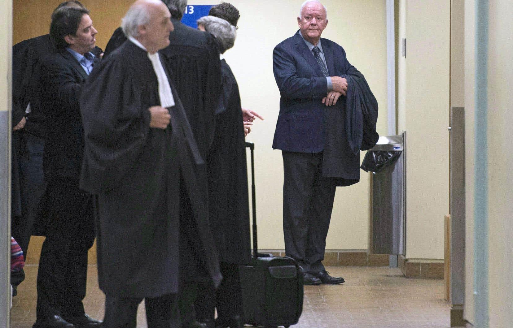 La demande des avocats de Marc-Yvan Côté (à droite) survient quelques mois à peine après l'adoption d'une loi fédérale visant à protéger les sources journalistiques.