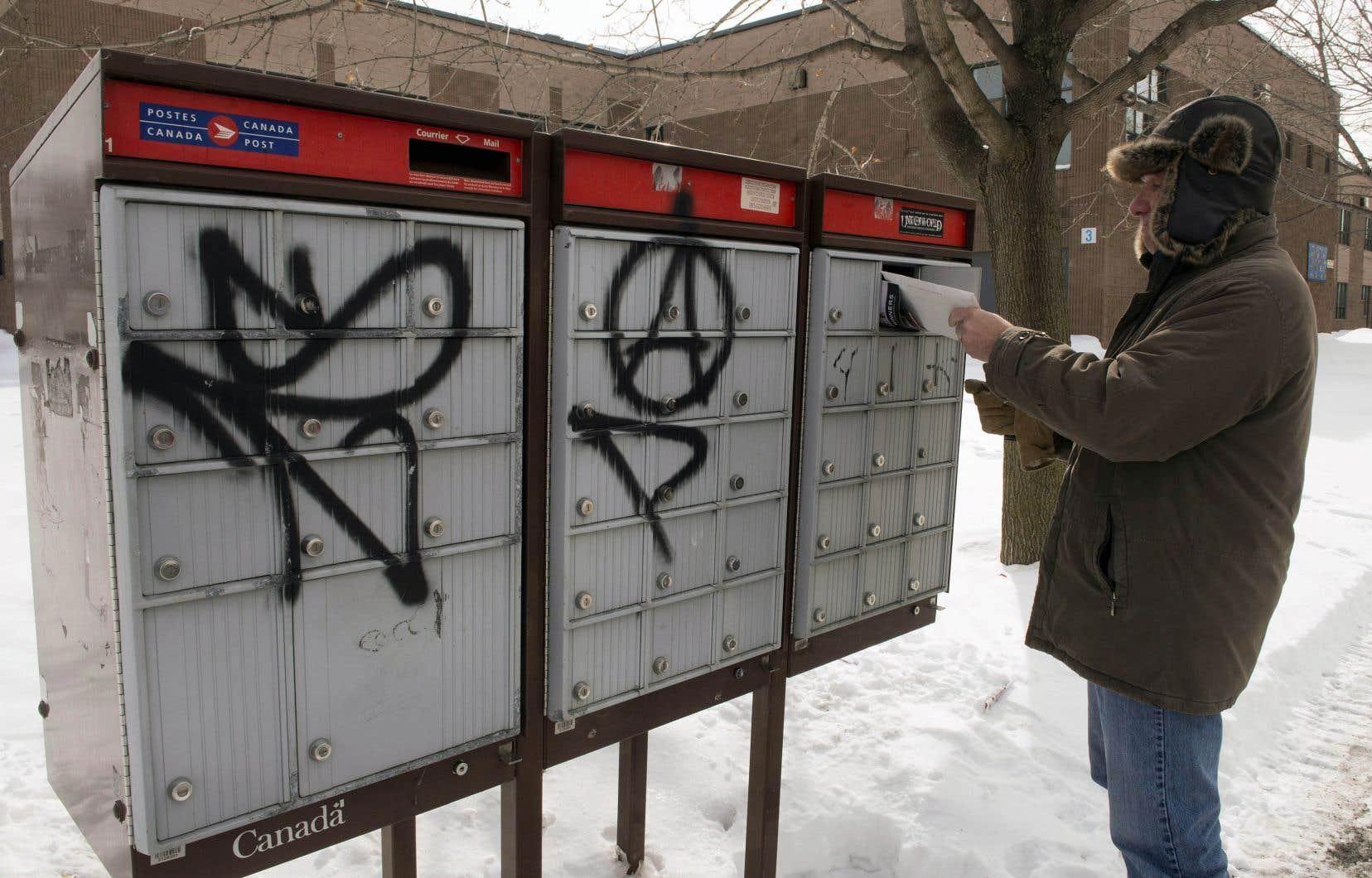 En campagne électorale, Justin Trudeau s'était engagé à rétablir le service de livraison du courrier à domicile.