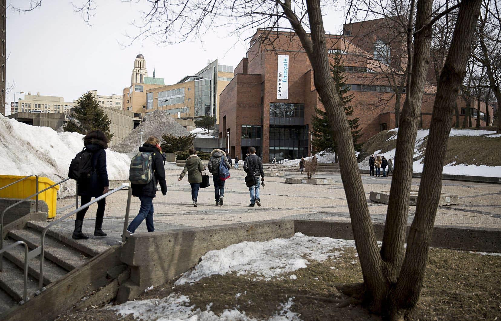 Les universités québécoises sont plus volontaires en ce qui concerne les échanges bilatéraux d'étudiants pour un trimestre, au premier cycle notamment.
