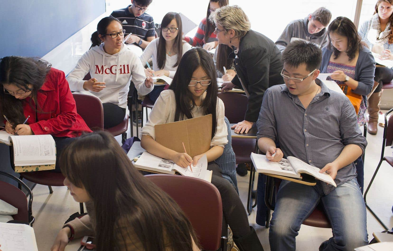 L'internationalisation induit un effet de concurrence entre les établissements d'enseignement supérieur.
