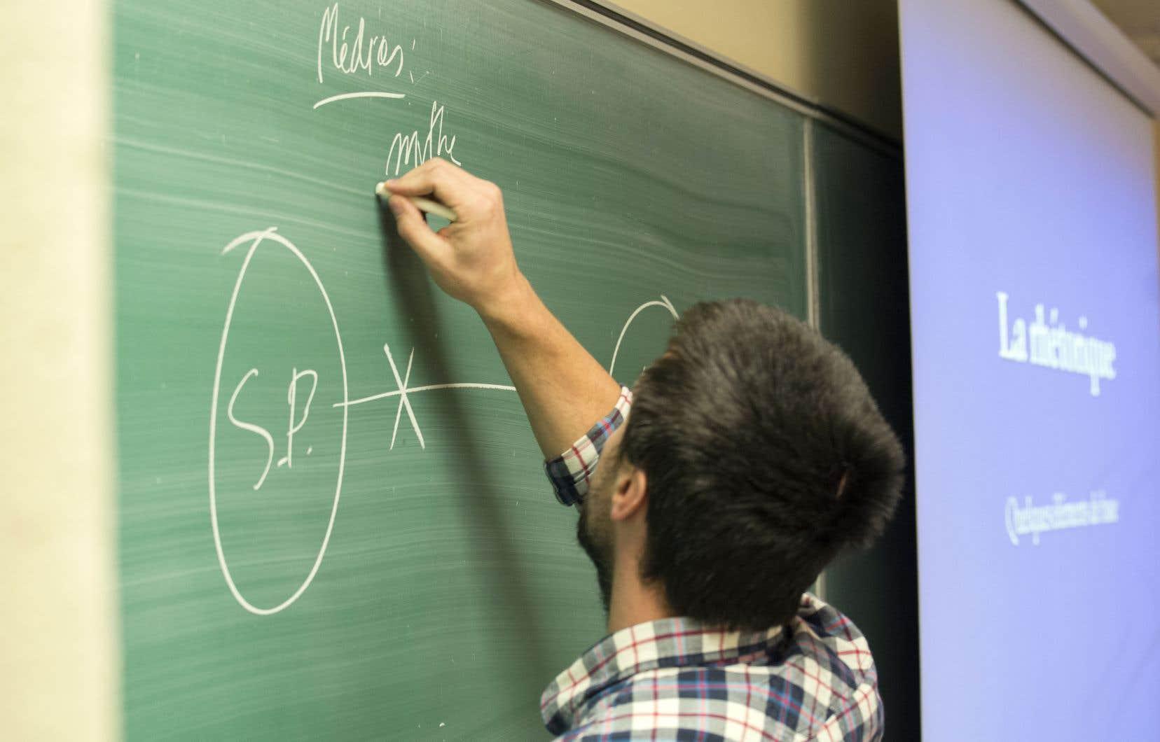 la baisse des inscriptions dans les c u00e9geps met des enseignants dans la pr u00e9carit u00e9