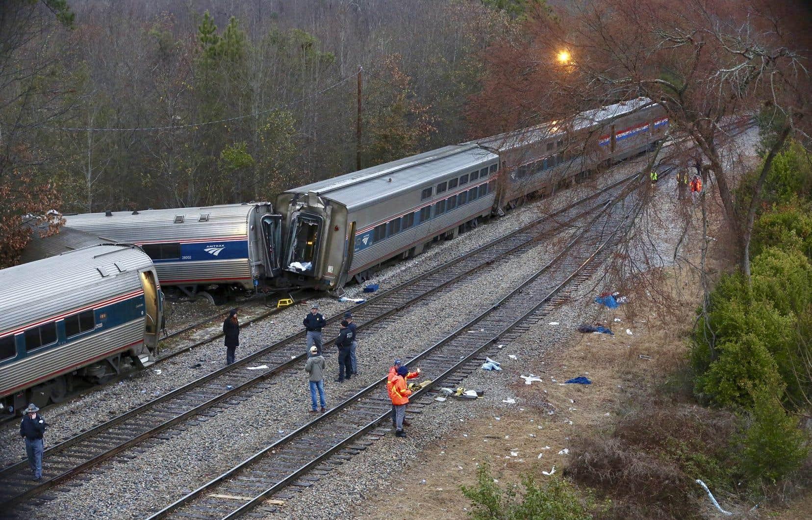 Deux morts et plus de cinquante blessés — Accident ferroviaire USA