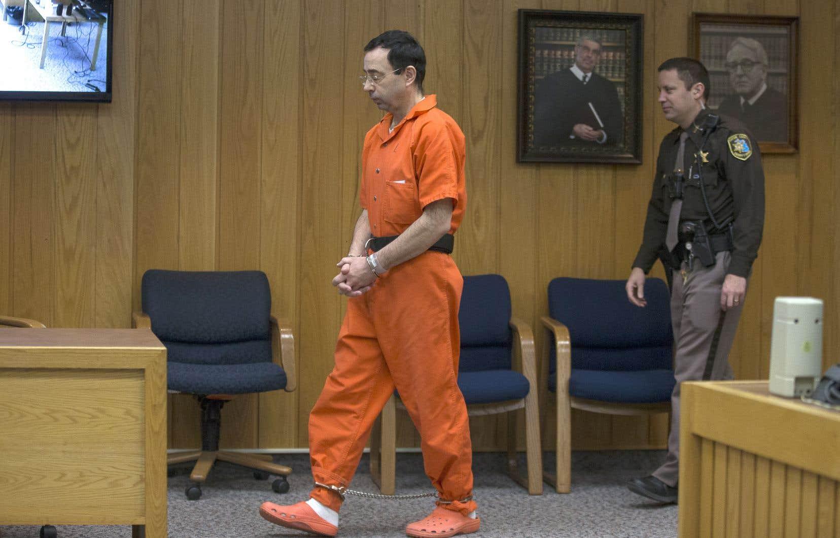L'ex-médecin sportif Larry Nassar est déjà assuré de finir ses jours en prison.