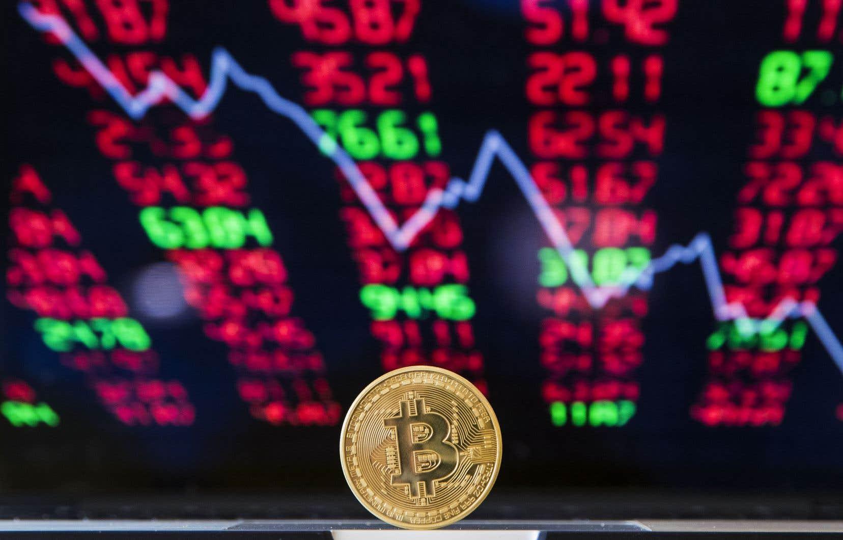 Selon Agustin Carstens, la volatilité des cryptomonnaies mine leur utilité pour les transactions et comme unité de valeur, pendant qu'elle ouvre un boulevard aux criminels pour blanchir l'argent sale.