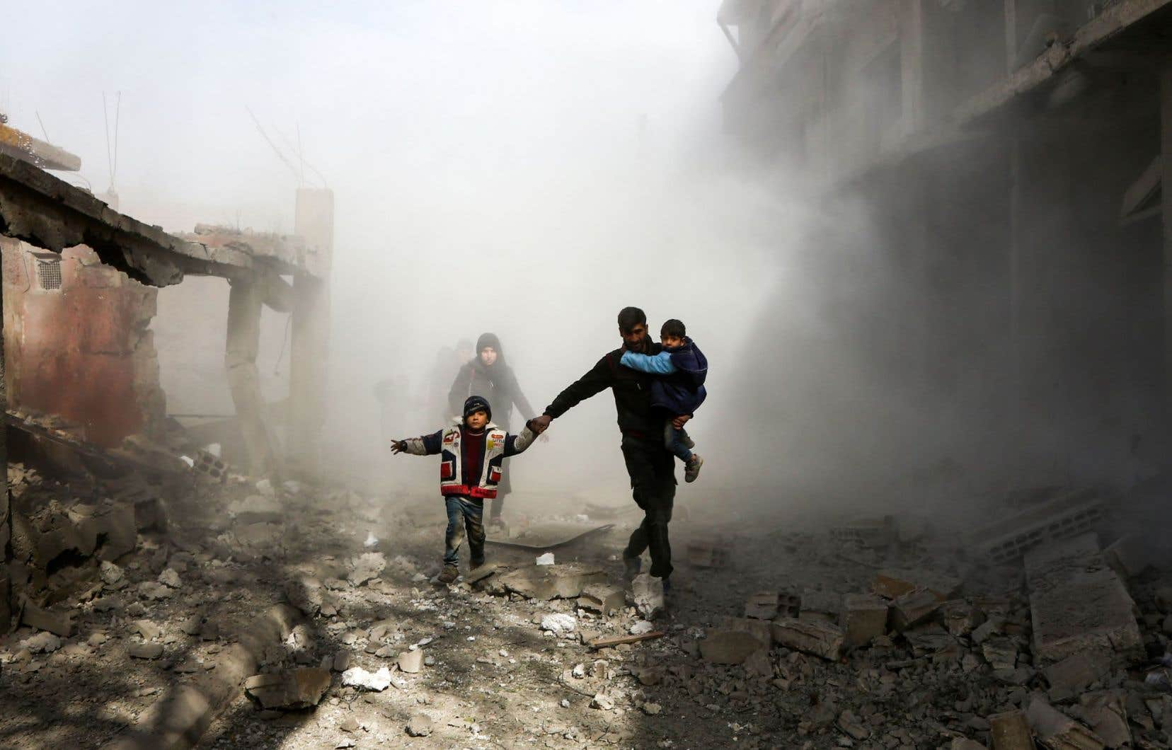 Les avions du régime en Syrie ont déversé jeudi leurs bombes sur le fief rebelle de la Ghouta orientale.