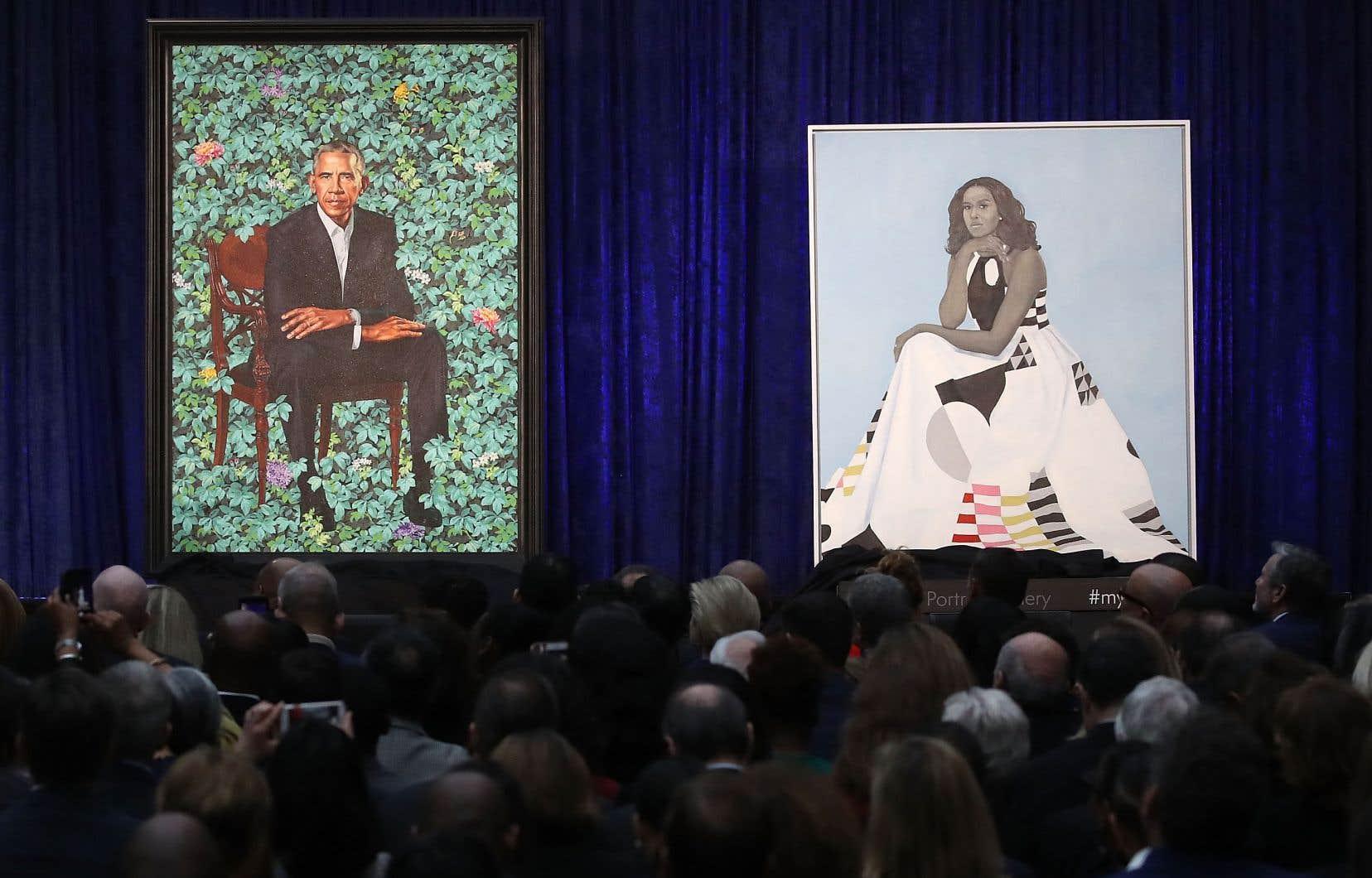 La National Portrait Gallery de Washington a présenté au public les deux nouvelles toiles qui s'ajouteront à sa collection complète de portraits présidentiels.