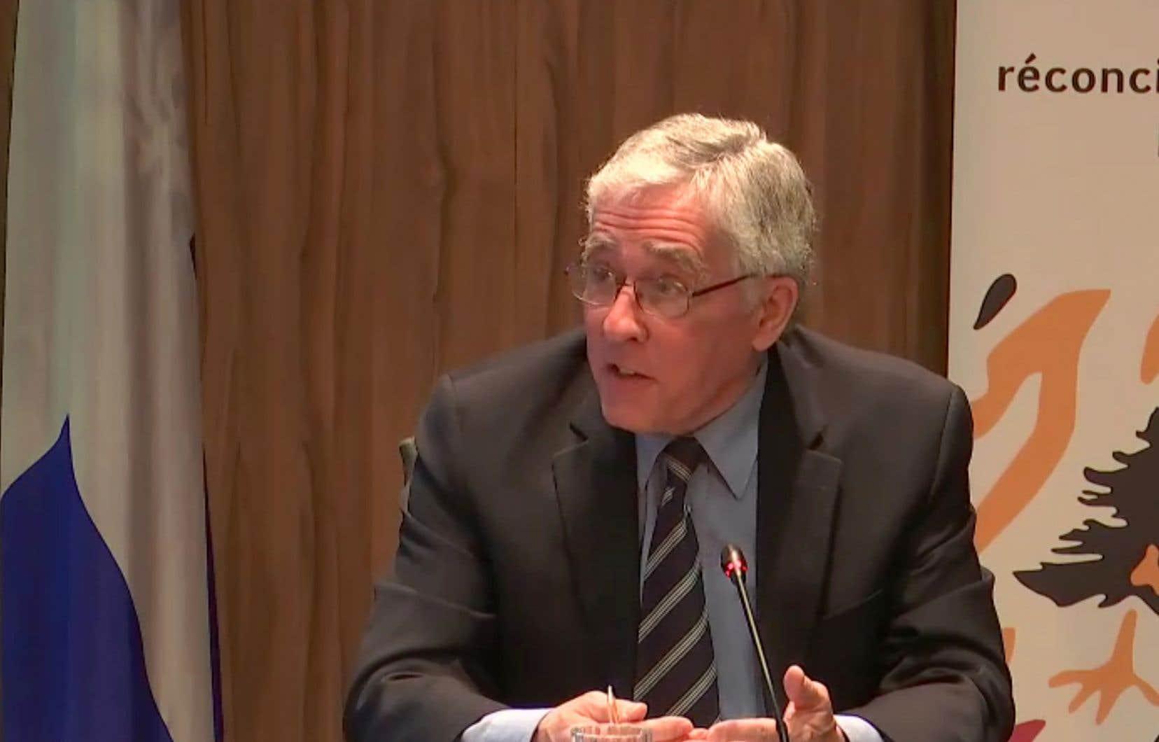 Jacques Viens, commissaire