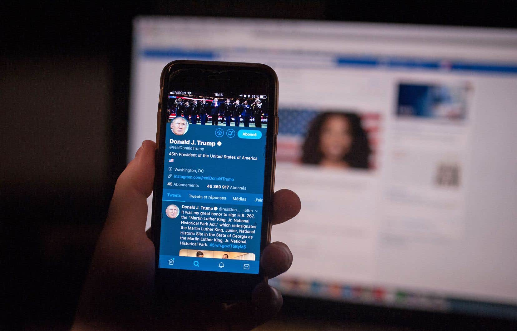 Le programme veut briser le réflexe d'instantanéité chez les jeunes, qui s'informent surtout sur les réseaux sociaux.