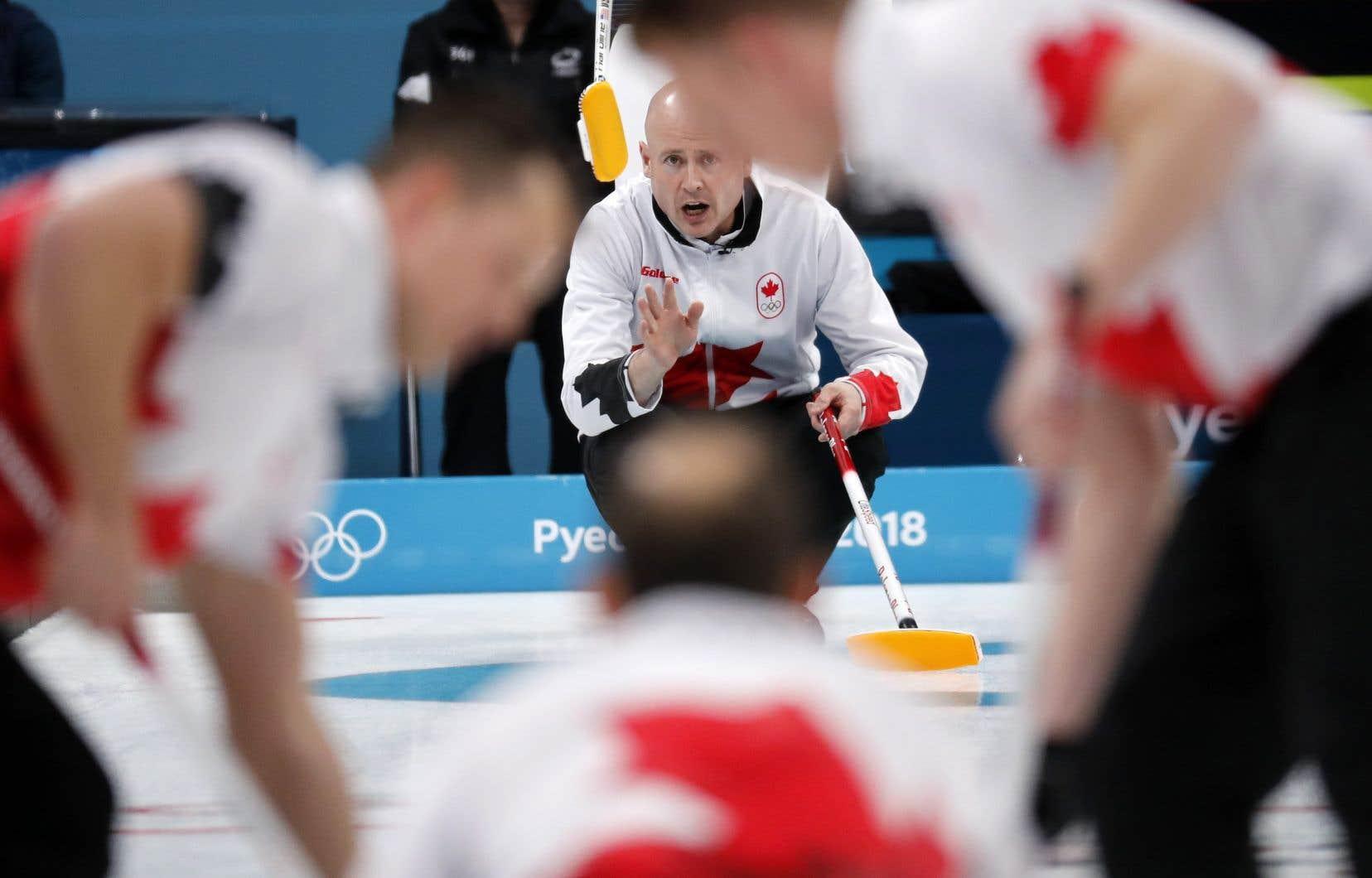 Une deuxième défaite de suite pour le Canada — Curling masculin