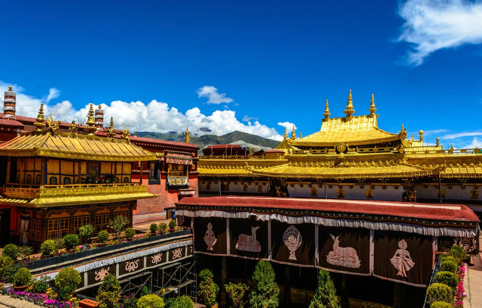 Le temple principal du monastère héberge plusieurs trésors irremplaçables du bouddhisme tibétain.
